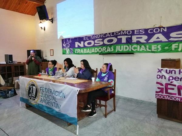 MENDOZA PRESENTE EN EL ENCUENTRO NACIONAL DE MUJERES JUDICIALES